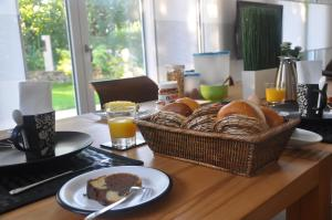 Breakfast options available to guests at Frankfurt Bed & Breakfast