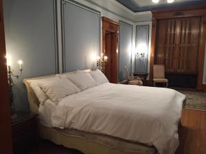 A room at The Inn at Centre Park