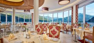 A restaurant or other place to eat at Grand Hotel Zell am See