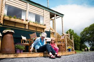 Guests staying at Burren Glamping