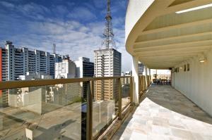 Uma varanda ou terraço em Transamerica Executive Paulista