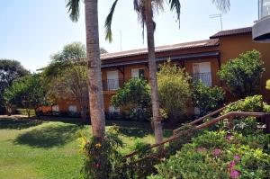 A garden outside Pousada Shangrila