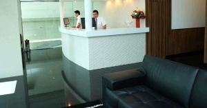 The lobby or reception area at Atlântico Golden Apart Hotel