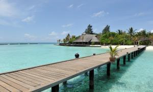 Basen w obiekcie Komandoo Island Resort & Spa lub w pobliżu