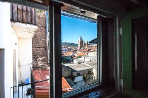 A balcony or terrace at Heart of Pamplona Apartments I