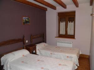 Una habitación en Mirasierra II Y III