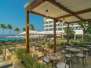 A restaurant or other place to eat at Sheraton Grand Rio Hotel & Resort