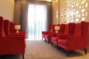 A seating area at Masa Hotel Almirante