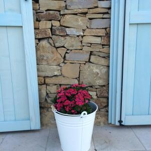 A porch or other outdoor area at B&B Normanna