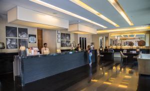 The lounge or bar area at Saffron Boutique Hotel