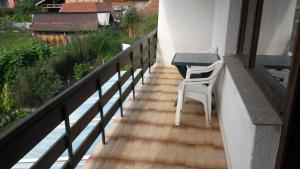 A balcony or terrace at All Seasons Mountain Vistas