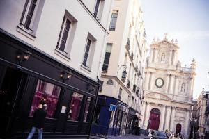 The facade or entrance of Hôtel de Joséphine BONAPARTE