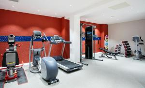The fitness center and/or fitness facilities at Hampton by Hilton Glasgow Central