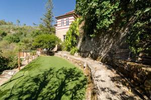 A garden outside Chalet Monchique