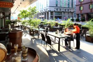 Ресторан / где поесть в Crowne Plaza Beijing Chaoyang U-Town, an IHG Hotel