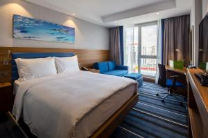 A room at Hampton by Hilton Istanbul Kurtkoy