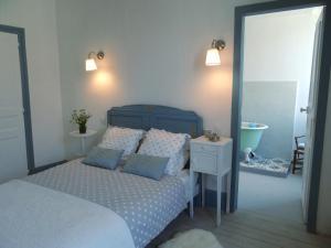 A room at Les Viviers Maison d'hôtes B&B