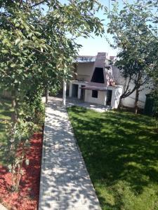 A garden outside Casa la Bunica