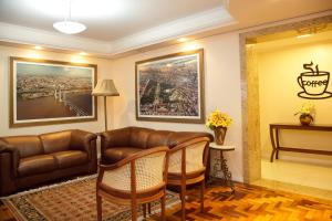 A seating area at Hotel Erechim