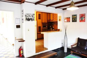 Una cocina o kitchenette en Areco hospedaje