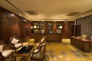 Salon ou bar de l'établissement Hanoi La Siesta Diamond Hotel & Spa