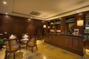 Hall ou réception de l'établissement Hanoi La Siesta Diamond Hotel & Spa