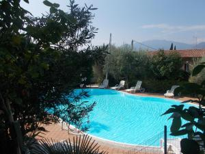 A view of the pool at Hotel Laura Christina or nearby