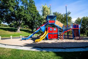 Children's play area at Lenna Of Hobart