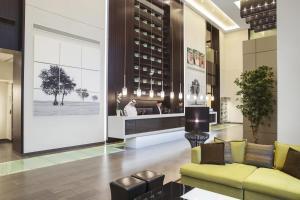 O lounge ou bar de Centro Shaheen Jeddah by Rotana
