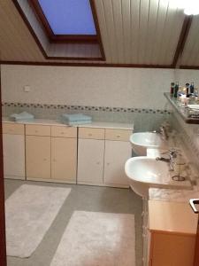 A bathroom at Villa Bisou