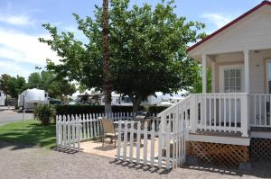 Las Vegas Camping Resort Cabin 2