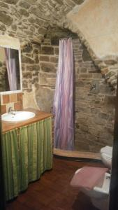 A bathroom at B&B Da Marta