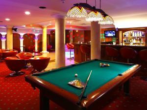 Hol lub bar w obiekcie Hotel Lord - Warsaw Airport