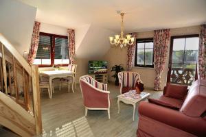 Lounge oder Bar in der Unterkunft Villa Rosamunde