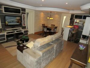 The lounge or bar area at Apartamento Lindo Centro de Canela