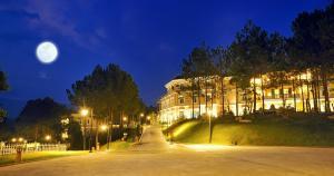 A garden outside Dalat Edensee Lake Resort & Spa