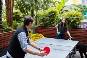 Ping-pong facilities at The Burrard or nearby