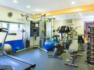 Das Fitnesscenter und/oder die Fitnesseinrichtungen in der Unterkunft D'Hotel Singapore