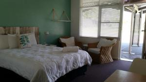 A room at Karuah Gardens Motel