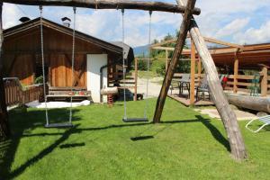 Ein Garten an der Unterkunft Vitroler Hof
