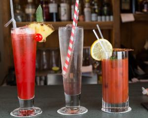 Drinks at The Lamplighter Dining ~ Rooms