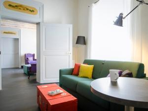 The lounge or bar area at Palazzo Melfi
