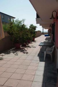 Un patio o zona al aire libre en House Mare Nostrum