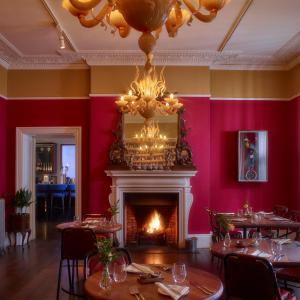 Um restaurante ou outro lugar para comer em Southernhay House Hotel