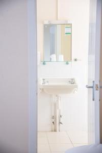 A bathroom at The Dolphin Hotel