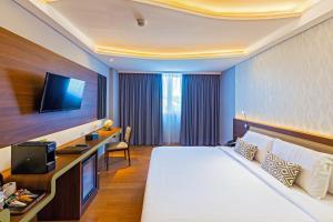 A room at Infinity8 Bali