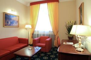 Гостиная зона в АРМ Премьер Отель