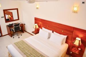 A room at Unique Towers Luxury Boutique Suites