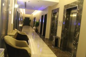 O lounge ou bar de فندق دولف الرياض شارع العمرة Doolv hotel