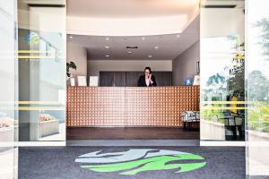 The lobby or reception area at Sao Felix Hotel Hillside & Nature